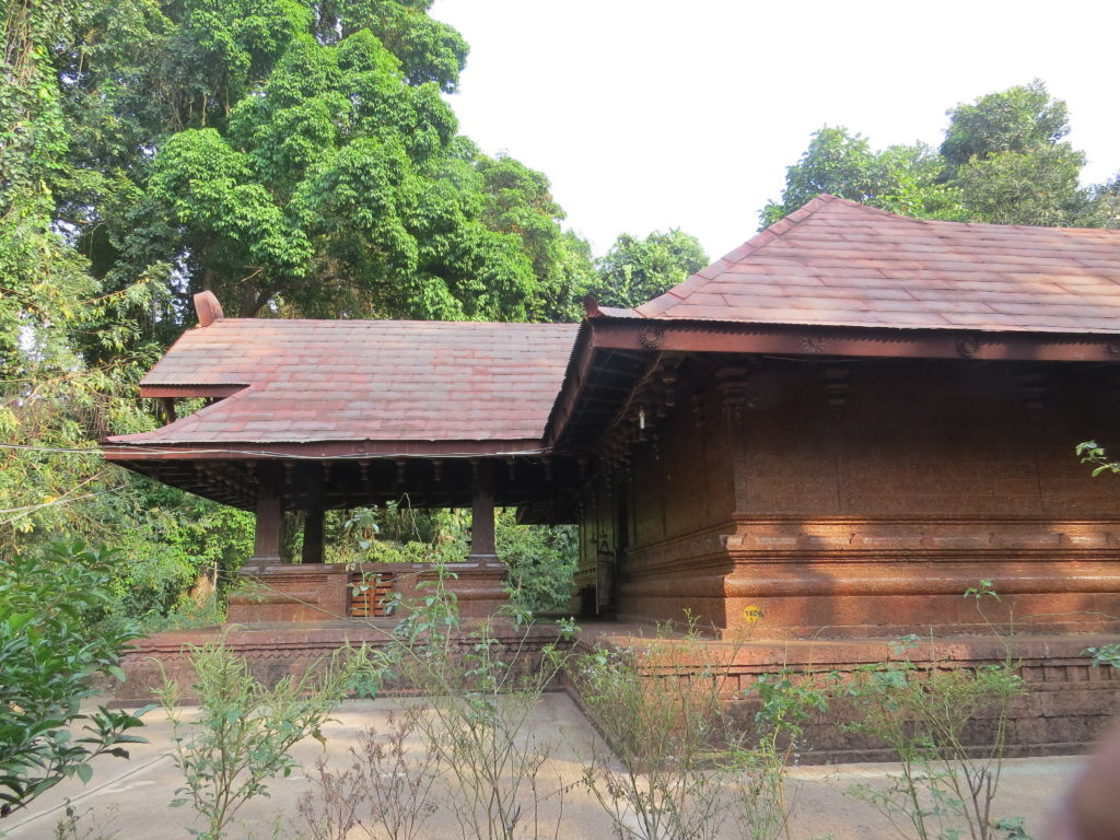 Kottiyoor Temple and its surroundings
