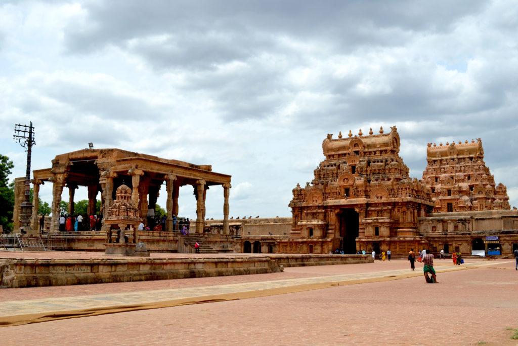 Nandi mandapam at Brihadeeswarar Temple