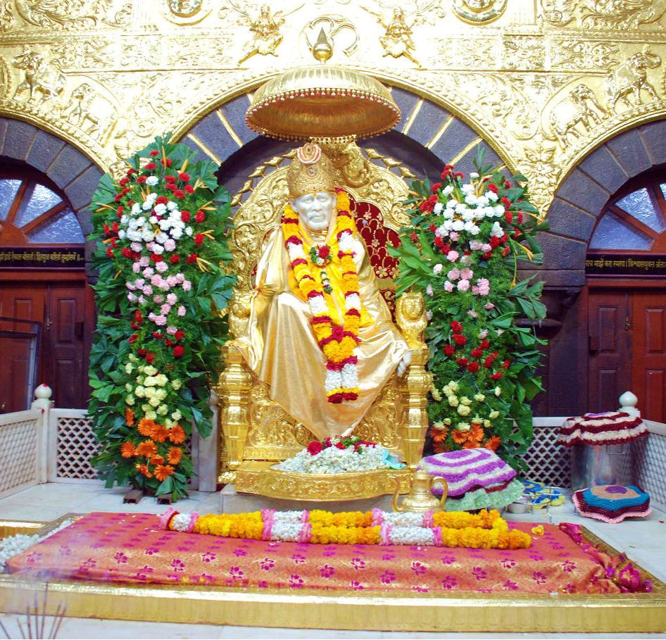 Sai Baba stature at Shirdi Said Baba temple
