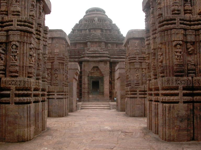 DescriptionKonark Sun Temple in Odisha