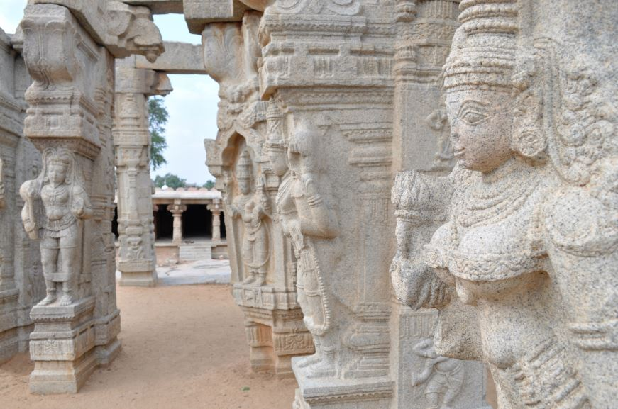 Veerabhadra Temple in Lepakshi