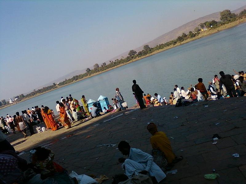 Bathing on Makar Sankranti