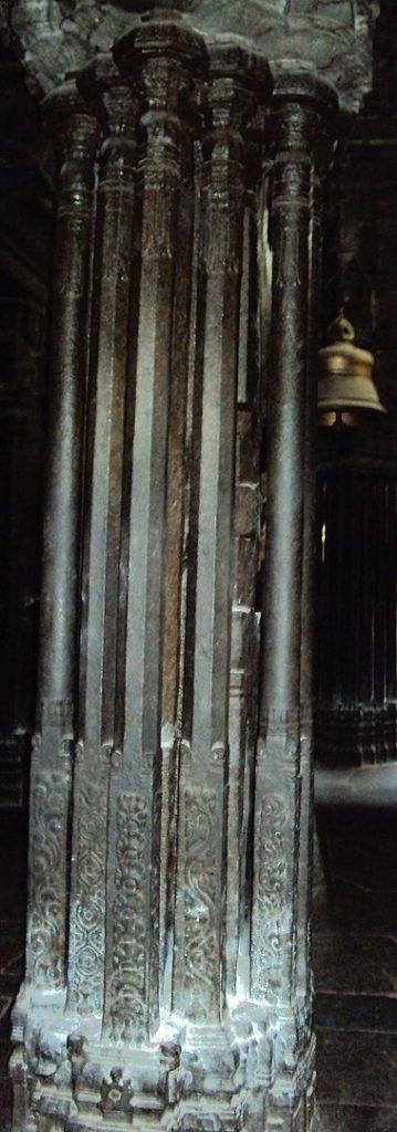 Musical Pillars At Nellaiappar Temple