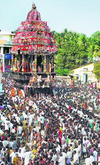 Thiruchendur Murugan Temple Car Drawn By Devotees At The Masi Festival